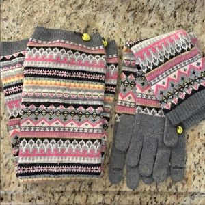 Juicy Couture leg warmers and mittens matching set